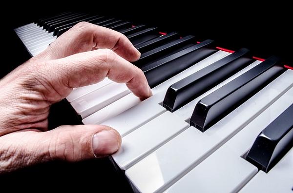 フォーカル・ジストニアのピアニスト
